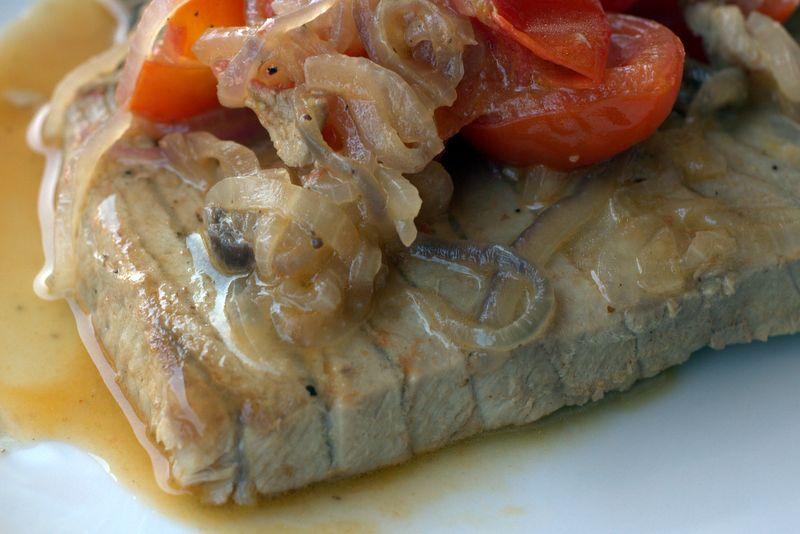 как приготовить стейк тунца вкусно в духовке